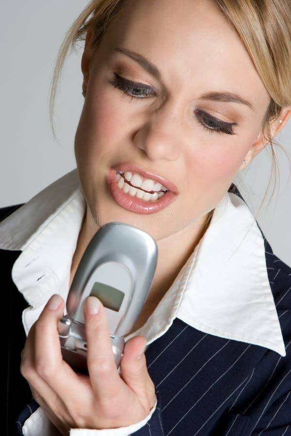 сердитая женщина телефона стоковое изображение