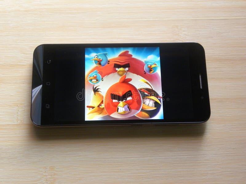 Сердитое приложение игры птиц 2 стоковая фотография