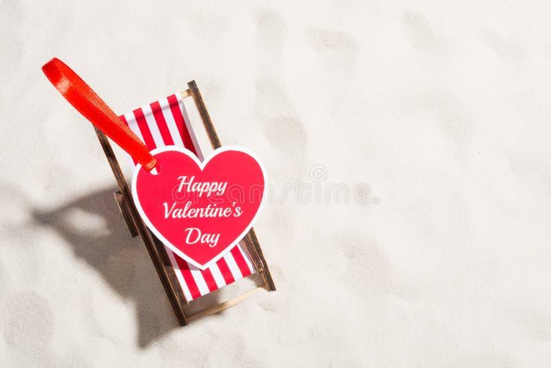 Сердца поздравительной открытки и малый салон фаэтона стоковые фото