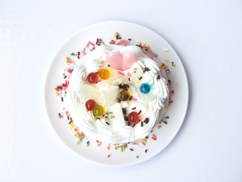 сердце торта влюбленности сладостного стоковые изображения