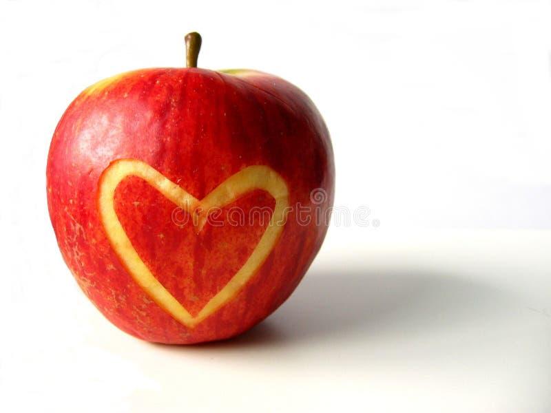 сердце яблока стоковые изображения rf