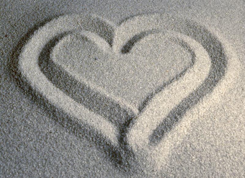 Download сердце ii песочное стоковое изображение. изображение насчитывающей романтично - 89637