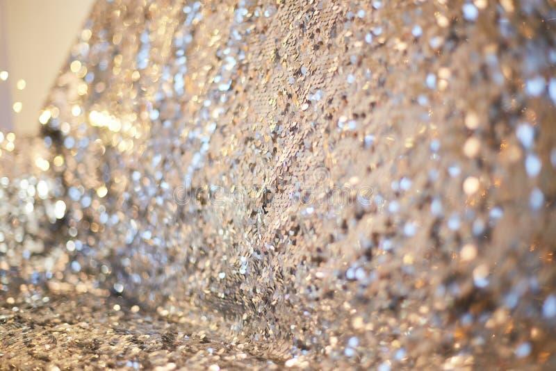 Серебряная предпосылка моды текстуры картины sequins стоковые изображения