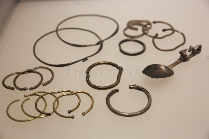 Серебряное Collectibles в музее Georgia стоковая фотография rf