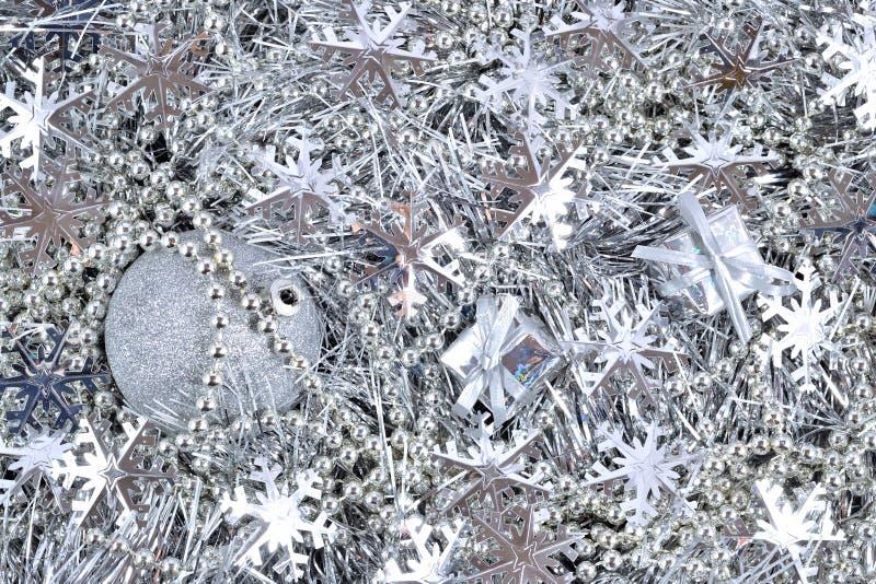 Download Серебряные украшения рождества Стоковое Изображение - изображение насчитывающей ballooner, отпразднуйте: 33736479