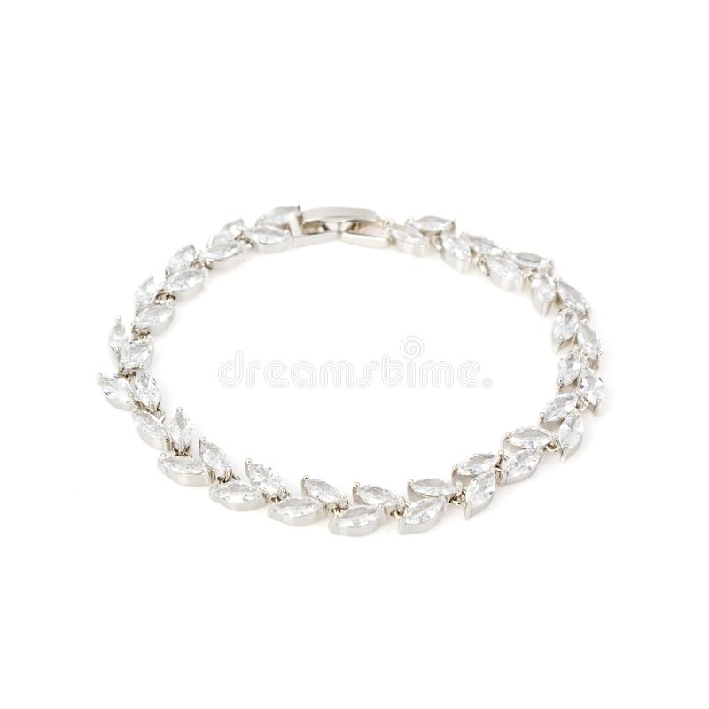 Серебряный браслет диаманта на белизне стоковые изображения
