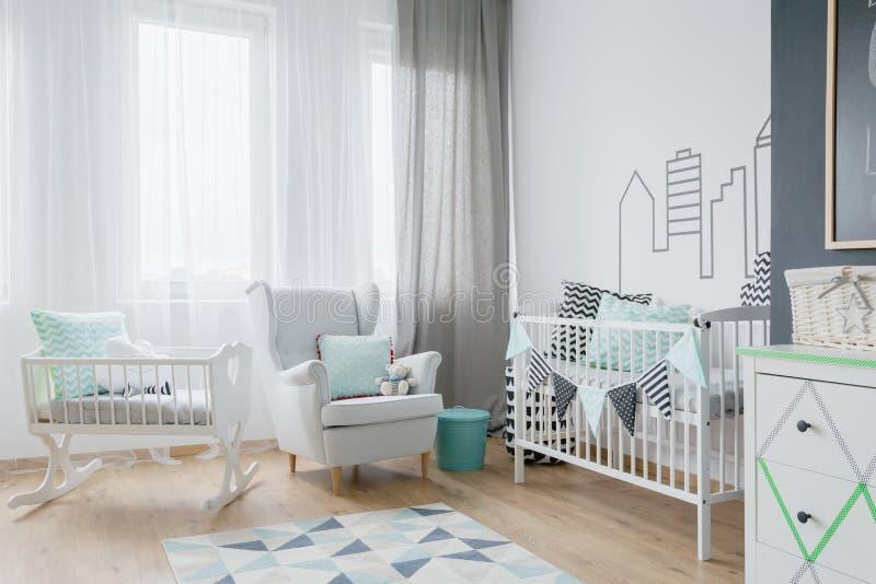 Серия света в baby& x27; комната s стоковое фото rf