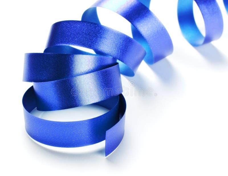 серпентин голубой тесемки стоковое изображение