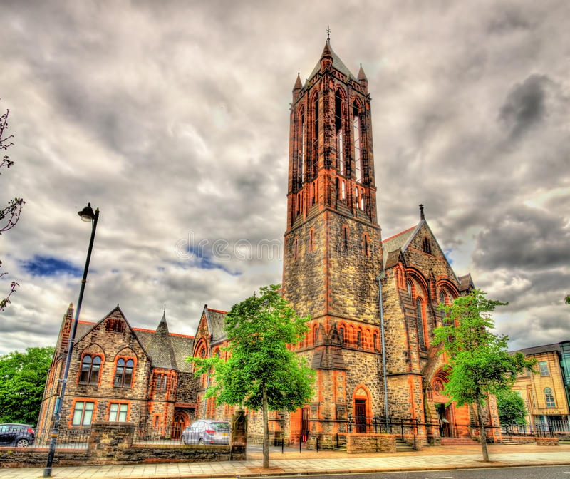 Серповидная церковь в Белфасте стоковые изображения