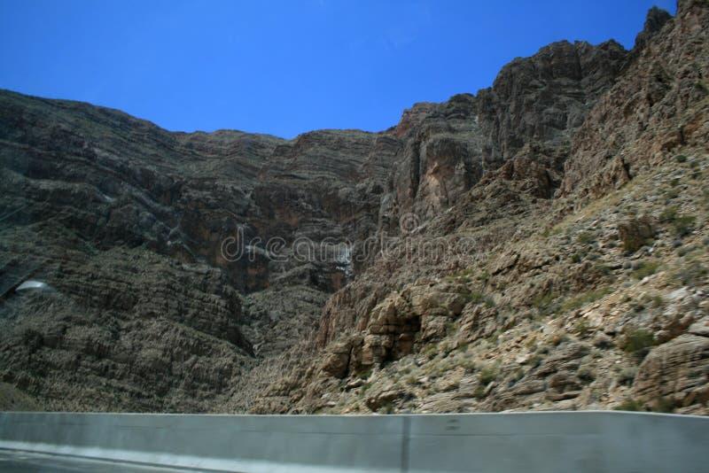 Серый каньон в Неваде Взгляд от шоссе стоковые фото