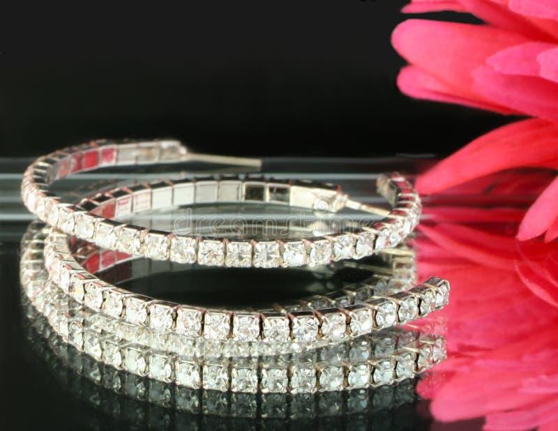 серьги диаманта стоковое фото rf