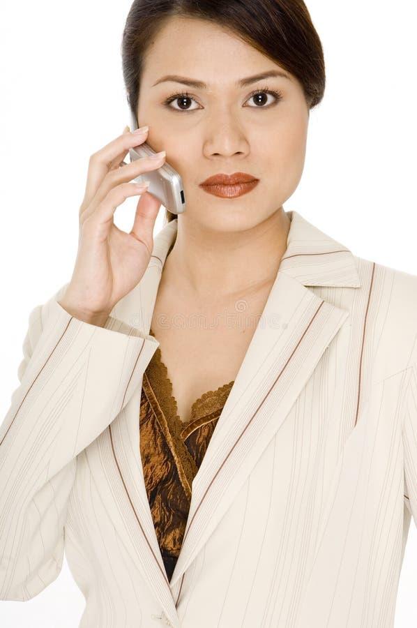 Серьезный телефонный звонок стоковые фото