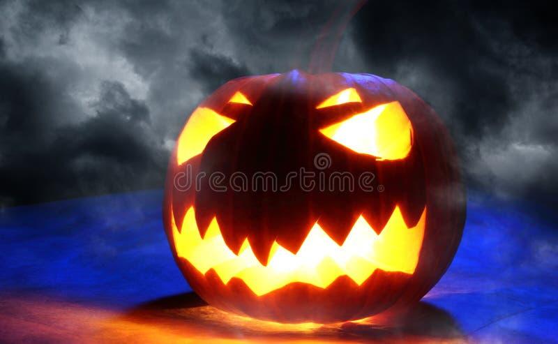 Сердитая тыква хеллоуина стоковое фото