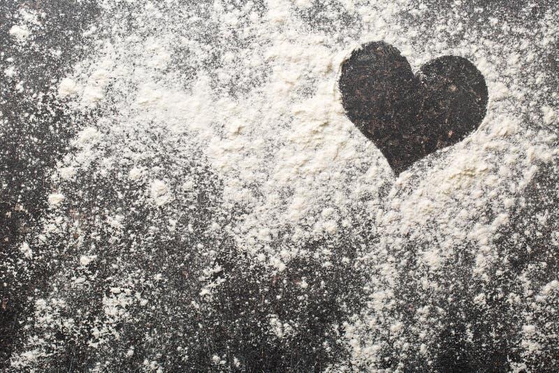 Сердце белой муки стоковые фото