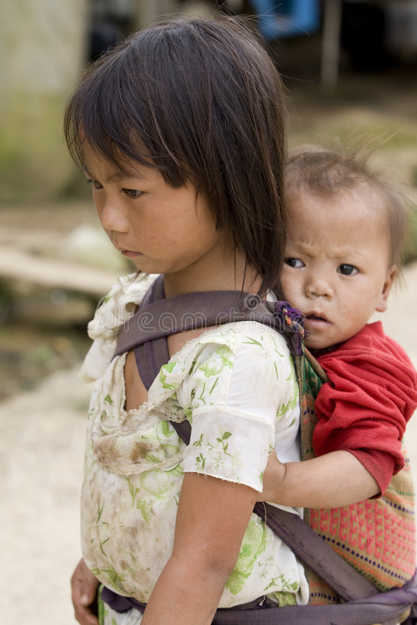 сестры людей Лаоса hmong братьев стоковая фотография