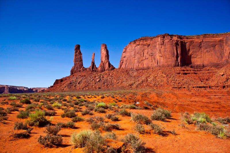 3 сестры, национальный парк долины памятника, Аризона стоковые изображения