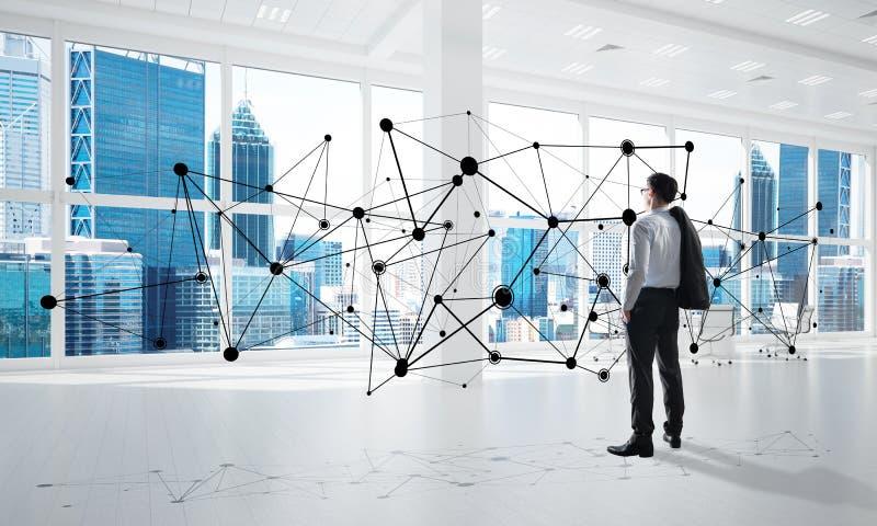 Сеть и социальная концепция связи как эффективный пункт для современного дела стоковое фото