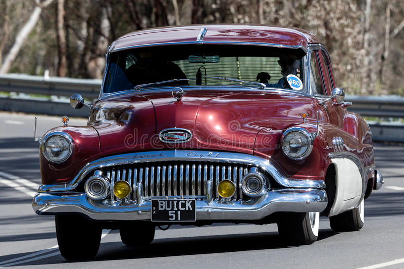 Седан 1951 Buick супер стоковое изображение rf
