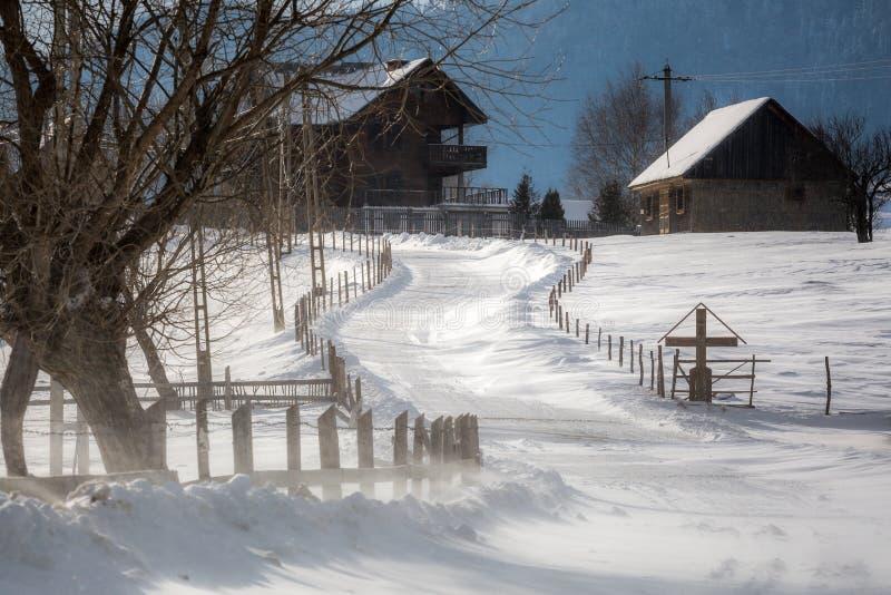 Село в горах стоковая фотография rf
