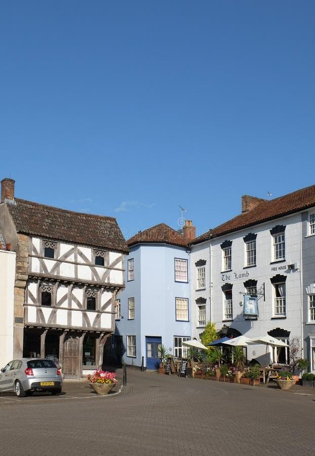 Сельская английская городская площадь стоковое фото