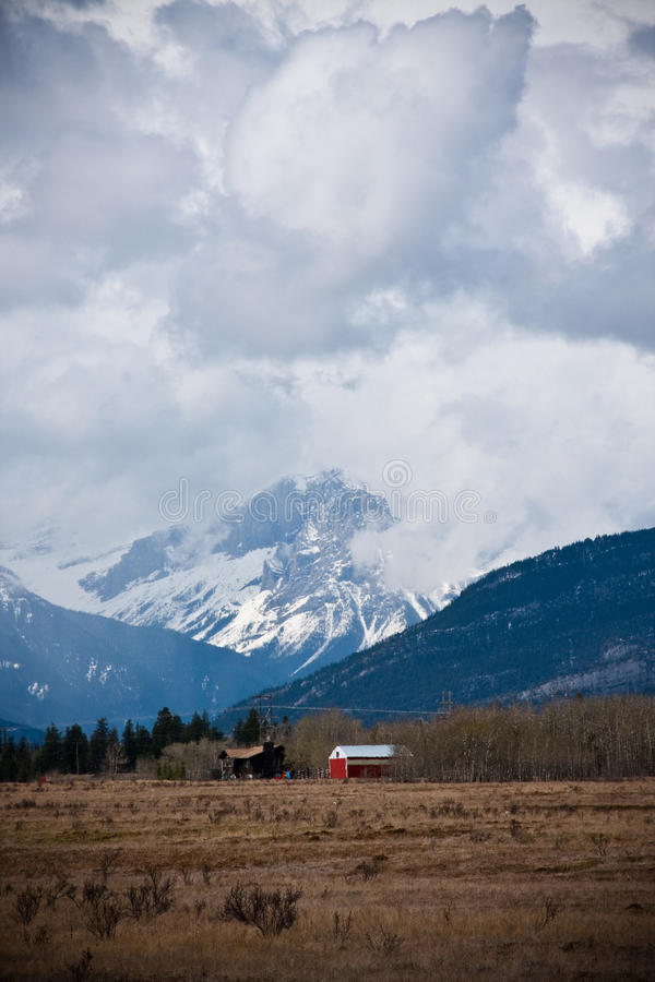 Сельский дом в Альберте стоковые изображения rf