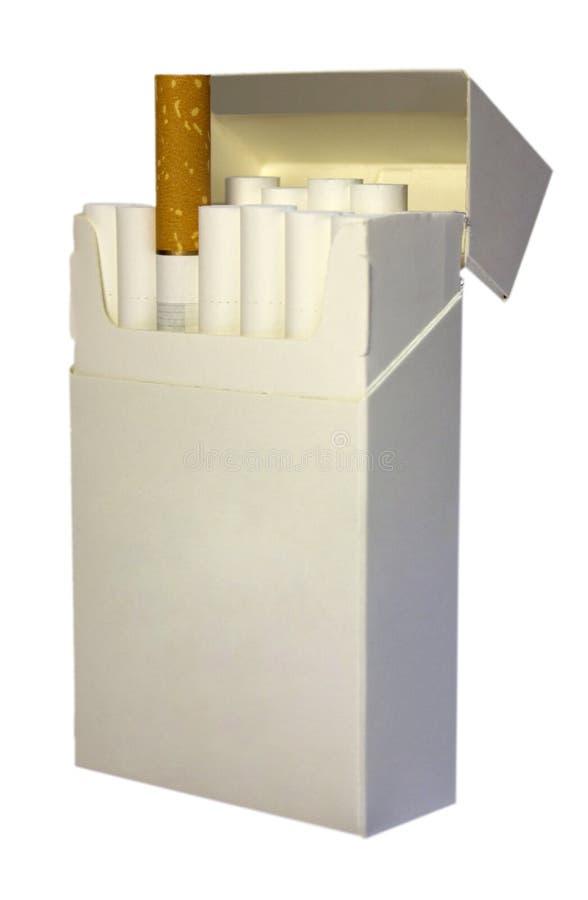 сигареты пакуют белизну стоковая фотография