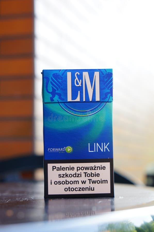 Сигареты связи L&M стоковые фотографии rf