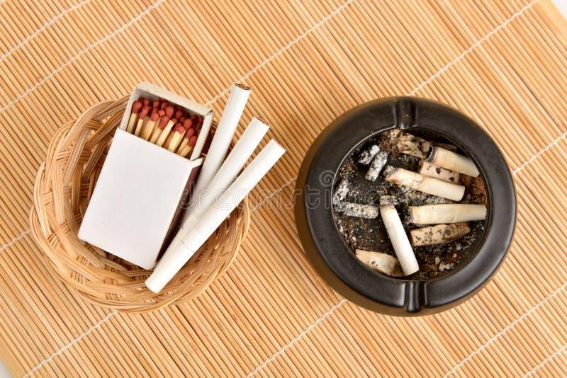 сигареты стоковое изображение rf