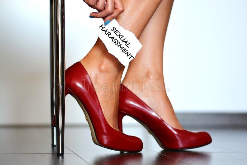 Сигнал тревоги сексуальных домогательств стоковое фото rf