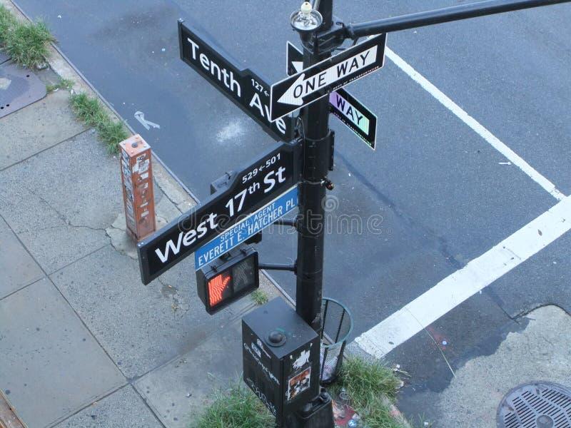 Сигналы Нью-Йорка стоковые изображения