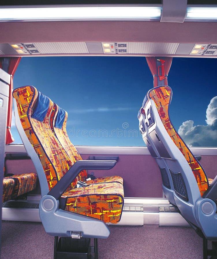 Сидения пассажира старого автобуса стоковая фотография