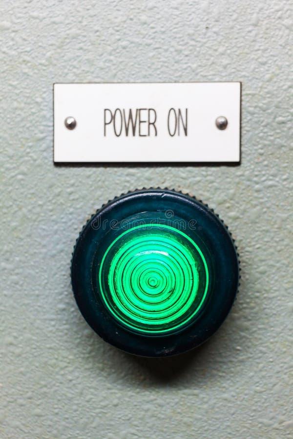 Сила на светлом индикаторе стоковая фотография rf