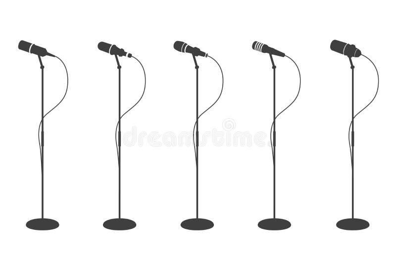 Силуэты микрофона Стоя оборудование микрофонов звуковое Собрание mics концепции и музыки караоке изолированное вектором иллюстрация штока