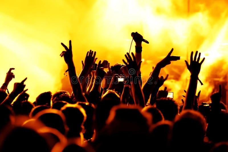 силуэты толпы согласия Стоковое фото RF