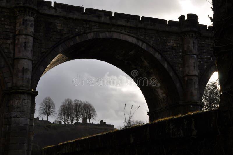 Силуэт Англия моста замка Стоковые Изображения