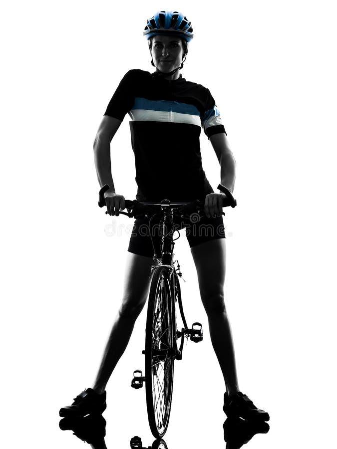 Силуэт велосипеда велосипедиста задействуя ехать изолированный женщиной стоковое изображение rf