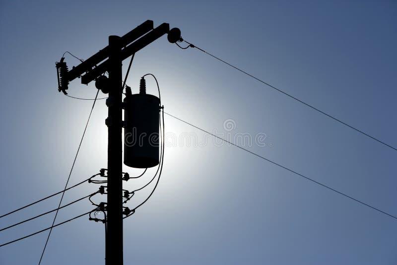 силуэт линий электропередач стоковые фотографии rf