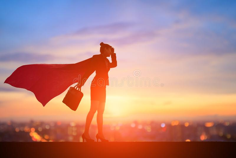 Силуэт супер бизнес-леди стоковая фотография rf