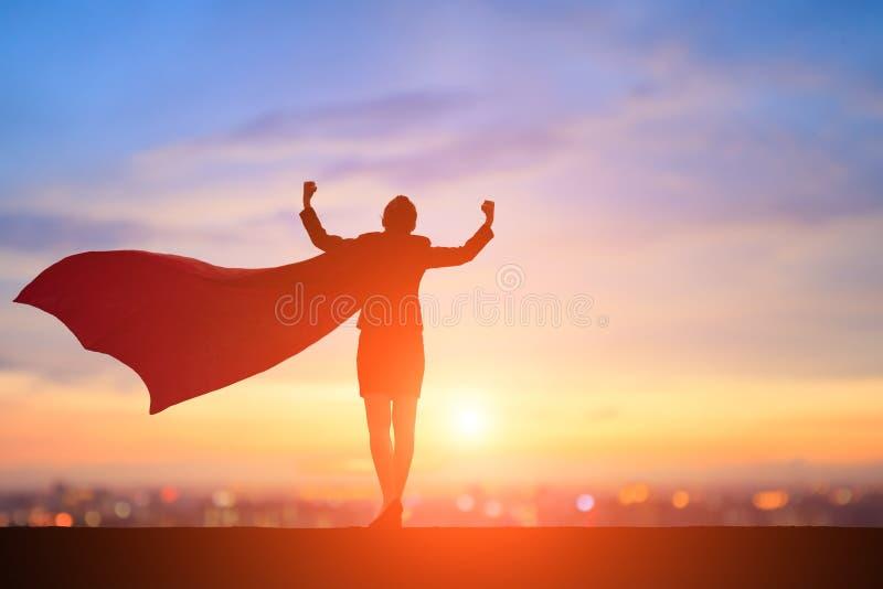 Силуэт супер бизнес-леди стоковое изображение rf