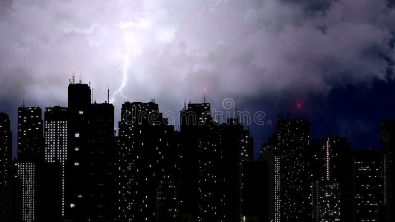 Сильный шторм ломая над небоскребами мегаполиса, естественное явление стоковые фото