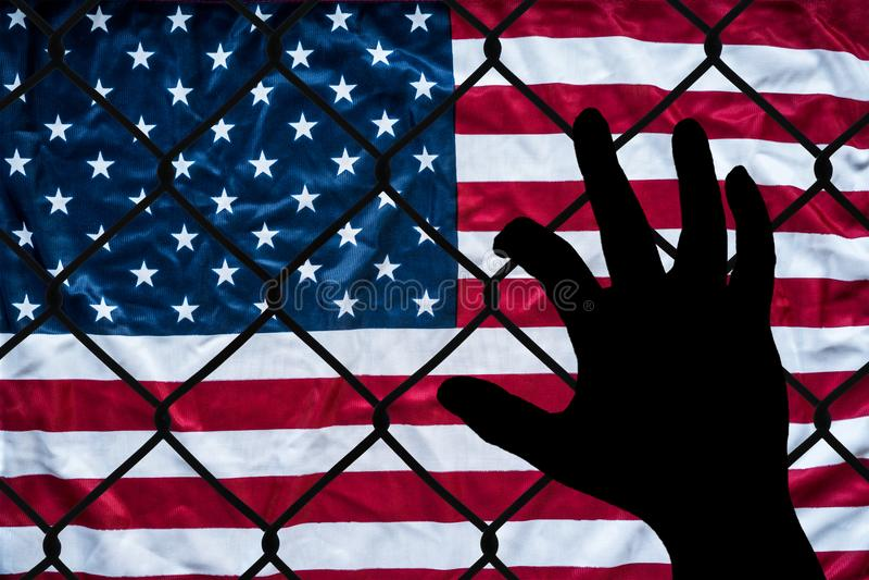 Символическое представление иммигрантов и Соединенных Штатов Америки стоковая фотография rf