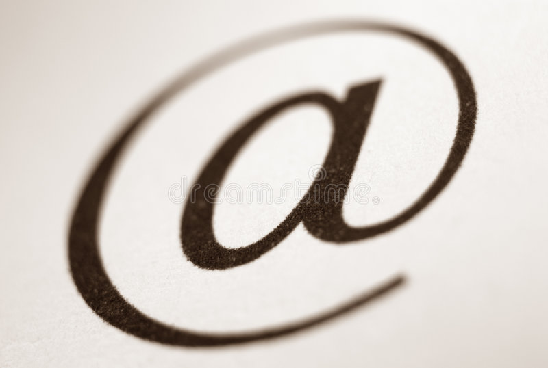 символ почты e