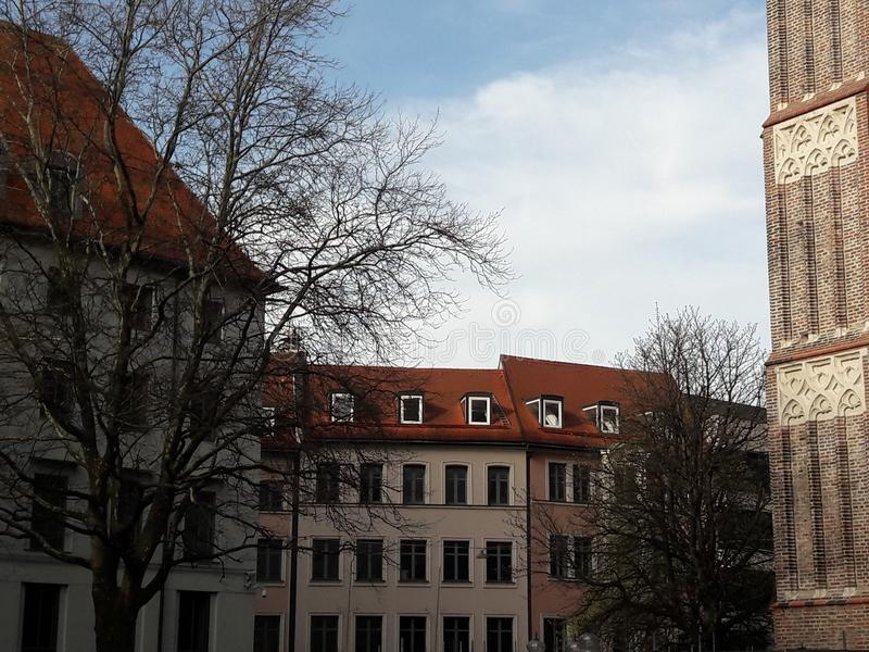Симметричные здания стоковые фотографии rf