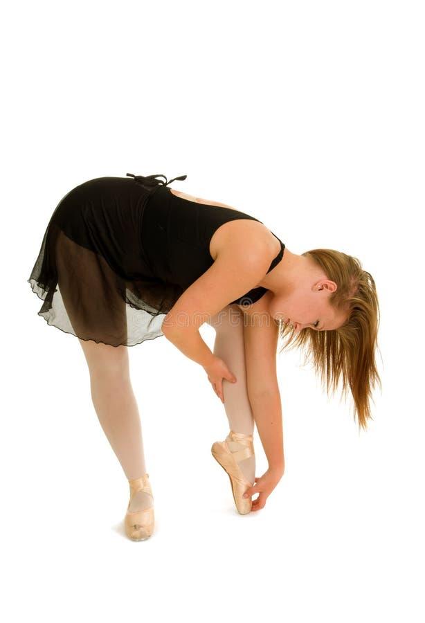 Симпатичная балерина нагревая для класса стоковое изображение rf
