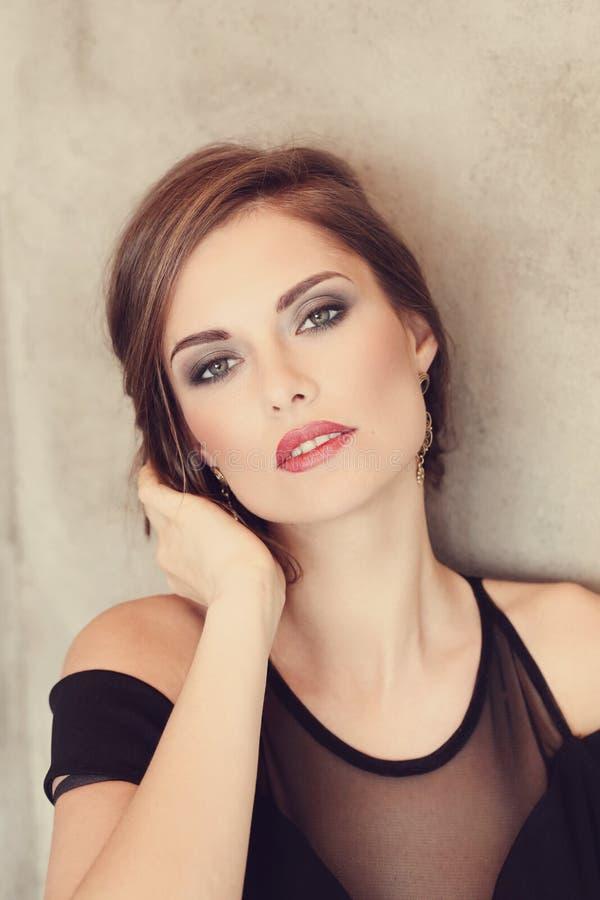 симпатичная женщина стоковые фотографии rf