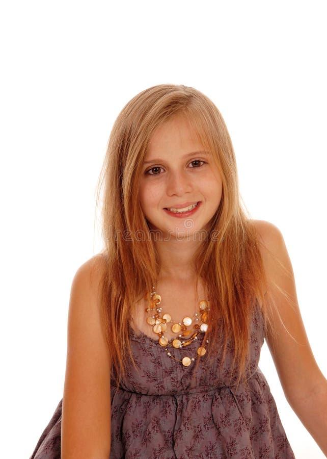Симпатичная маленькая девочка в изображении портрета стоковые фотографии rf