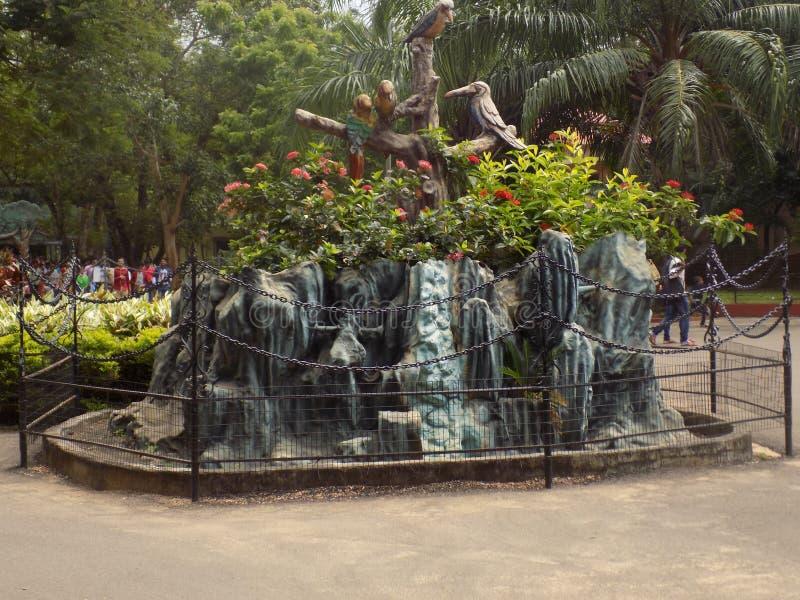 Симпатичный фонтан стоковое изображение