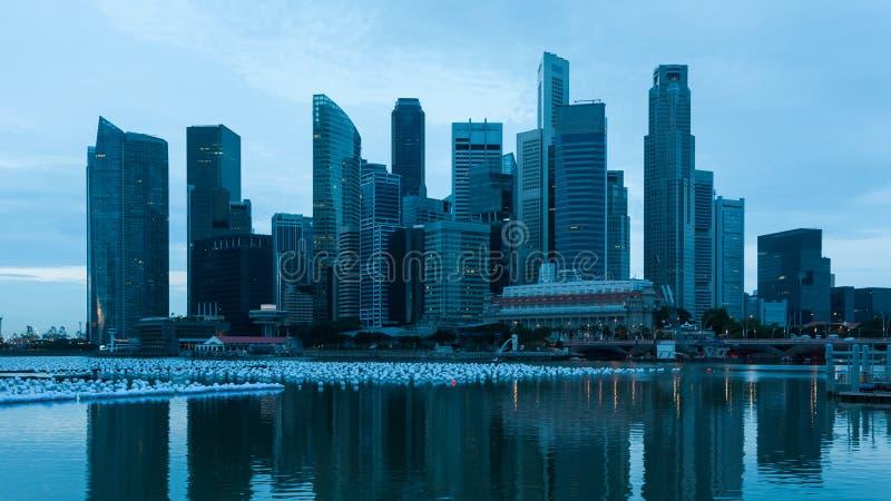 Сингапур на зоре стоковая фотография