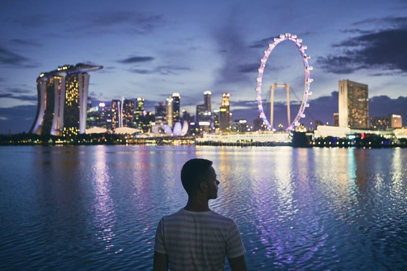 Сингапур на сумраке стоковое изображение
