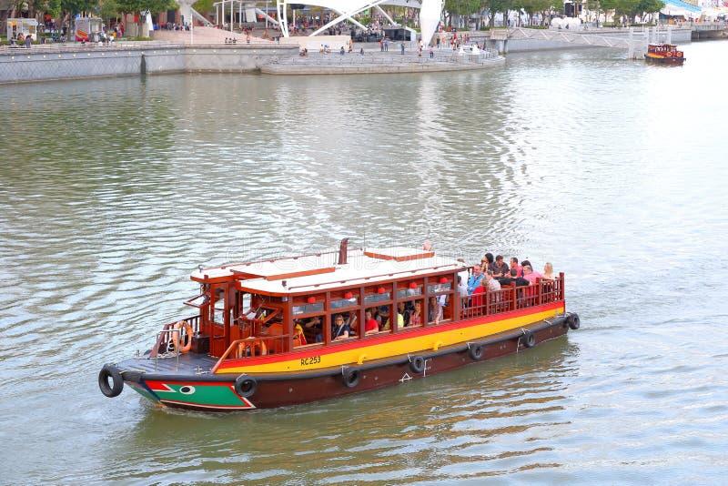 Сингапур: Такси реки стоковые изображения